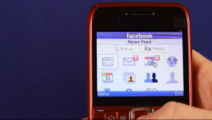 Facebook to 'Every Phone' App, Offers Free Data